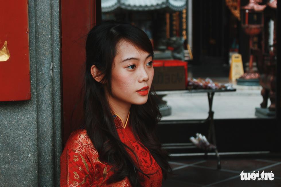 Xúng xính áo dài đón Tết ở làng người Hoa - Ảnh 10.