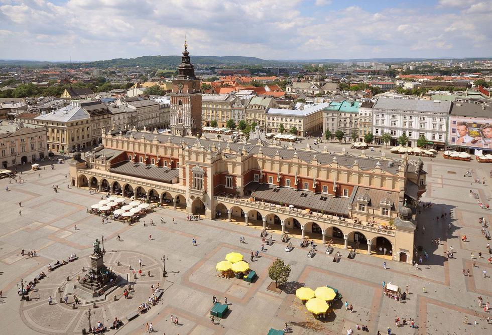 Đến Krakow ở Ba Lan nhớ tận dụng những hoạt động miễn phí - Ảnh 1.