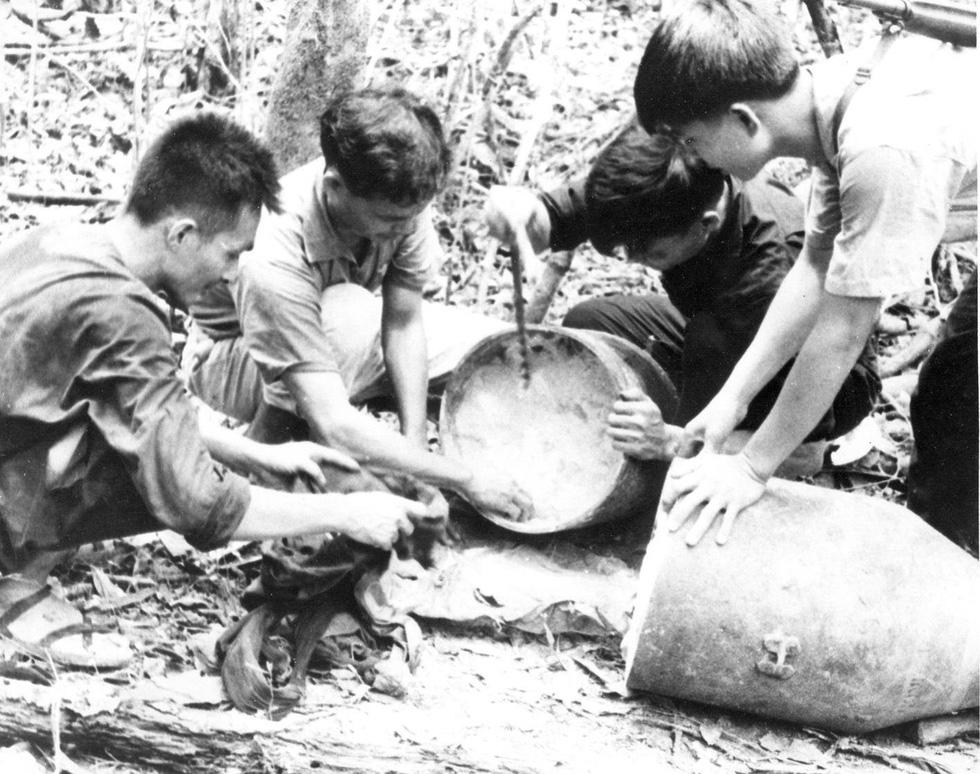 Bộ ảnh đặc biệt năm Mậu Thân 1968 của quân đội Mỹ - Ảnh 12.