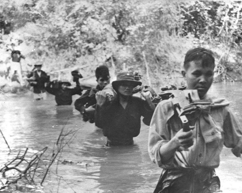 Bộ ảnh đặc biệt năm Mậu Thân 1968 của quân đội Mỹ - Ảnh 5.