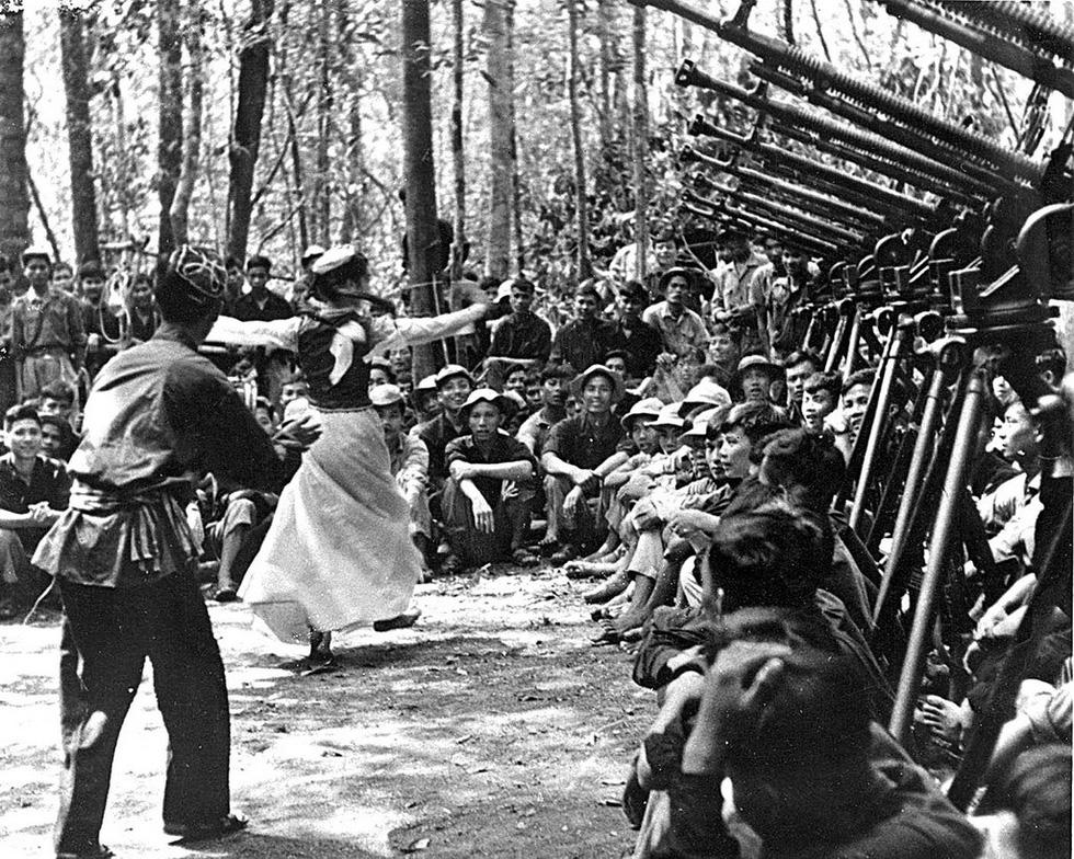 Bộ ảnh đặc biệt năm Mậu Thân 1968 của quân đội Mỹ - Ảnh 46.