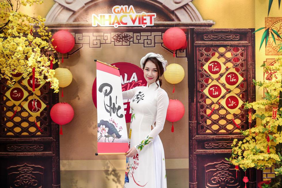 Mùa hoa trở lại mở màn Gala nhạc Việt Về nhà đón Tết - Ảnh 5.