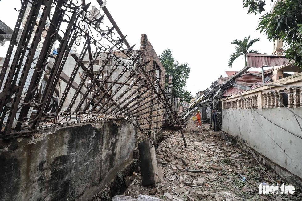 Hiện trường kinh hoàng vụ nổ kho phế liệu ở Bắc Ninh - Ảnh 13.