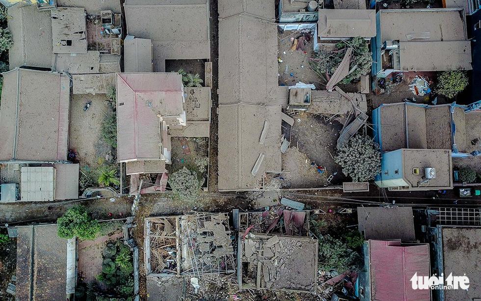 Hiện trường kinh hoàng vụ nổ kho phế liệu ở Bắc Ninh - Ảnh 5.