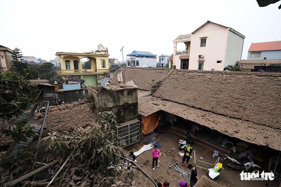 Hiện trường kinh hoàng vụ nổ kho phế liệu ở Bắc Ninh - Ảnh 7.