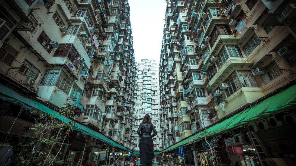 Montane Mansion - chung cư nhìn mỏi cổ ở Hong Kong - Ảnh 7.