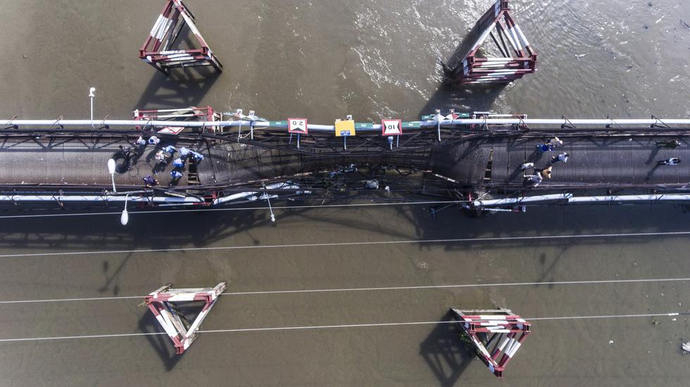 Hiện trường vụ sập cầu Long Kiển nhìn từ trên cao - Ảnh 2.