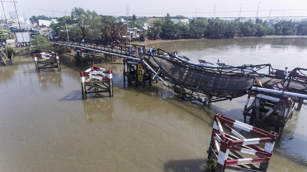 Hiện trường vụ sập cầu Long Kiển nhìn từ trên cao - Ảnh 7.