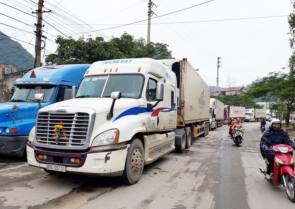 Lái xe container: Hành trình 2.000 cây số - Ảnh 1.