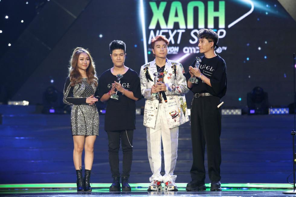 Bùa yêu thắng 6 giải Làn sóng xanh 2018 - Ảnh 3.