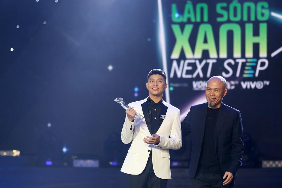 Bùa yêu thắng 6 giải Làn sóng xanh 2018 - Ảnh 5.