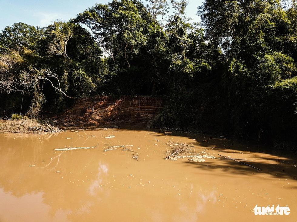 Cát tặc xâm hại Thánh địa Cát Tiên, vắt kiệt cát sông Đồng Nai - Ảnh 10.