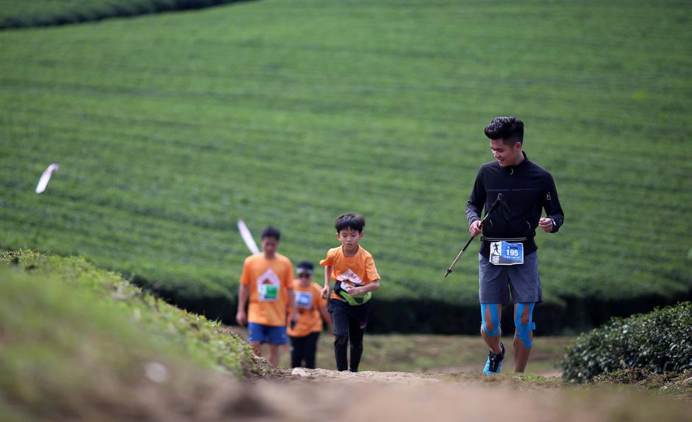 Trần Duy Quang vô địch cự ly 70km tại Vietnam Trail Marathon 2019 - Ảnh 5.