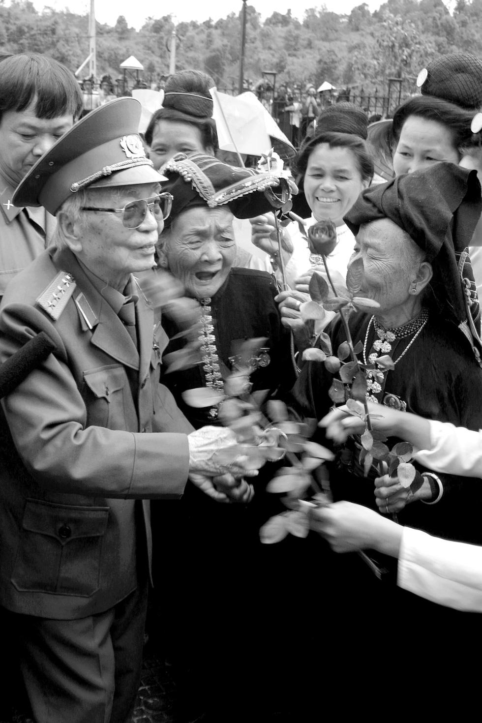 Xem những bức ảnh quý hiếm về Đại tướng Võ Nguyên Giáp - Ảnh 20.