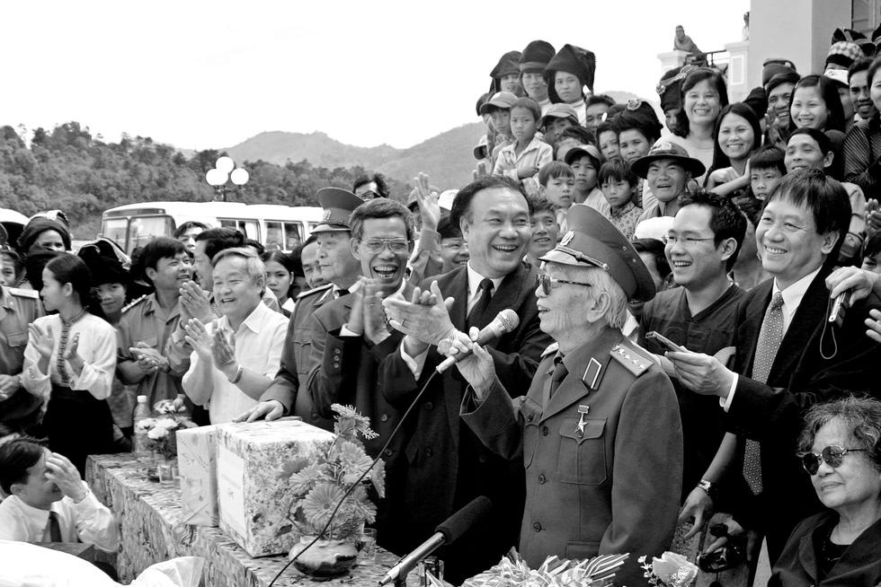 Xem những bức ảnh quý hiếm về Đại tướng Võ Nguyên Giáp - Ảnh 21.
