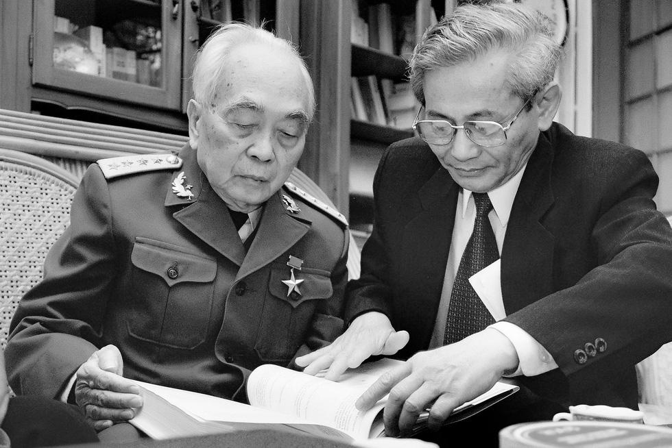 Xem những bức ảnh quý hiếm về Đại tướng Võ Nguyên Giáp - Ảnh 11.