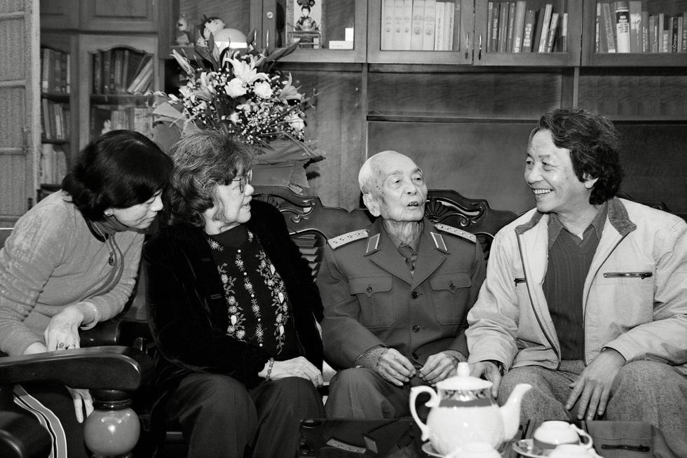 Xem những bức ảnh quý hiếm về Đại tướng Võ Nguyên Giáp - Ảnh 14.