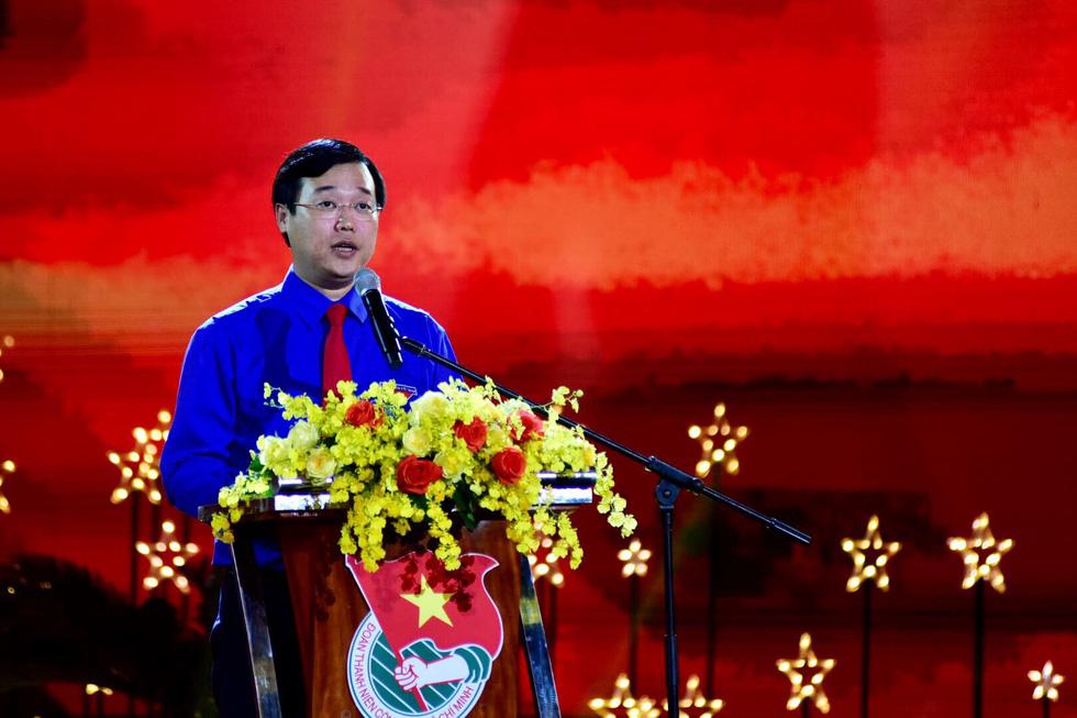Tuổi trẻ Việt Nam nhớ lời Di chúc theo chân Bác - Ảnh 2.