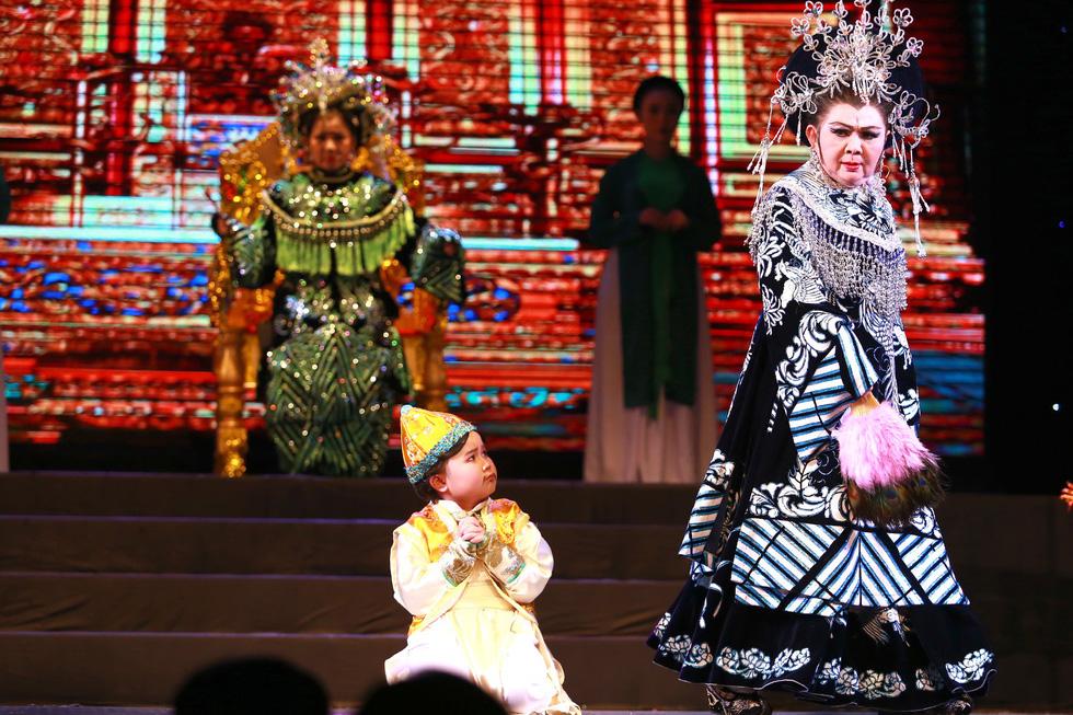 Đào nhí Kim Thư nối nghiệp tổ - Ảnh 3.