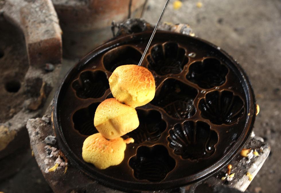 Những làng bánh xứ Quảng tất bật vào tết - Ảnh 10.