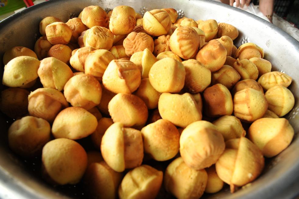 Những làng bánh xứ Quảng tất bật vào tết - Ảnh 11.