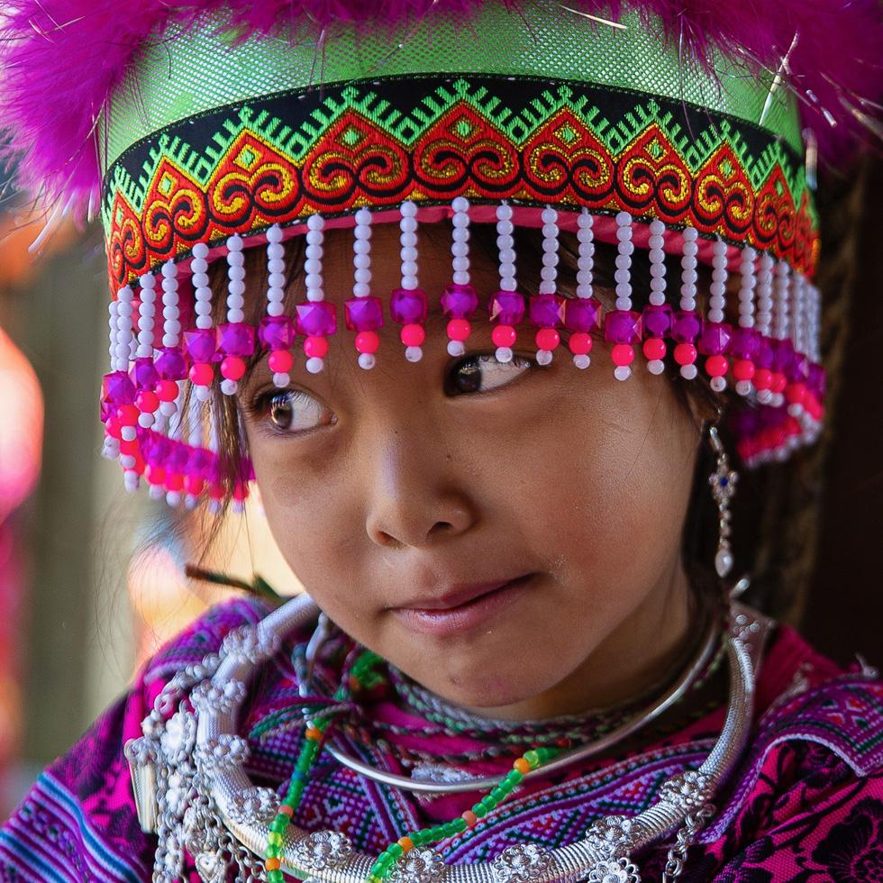 Mùa hoa mận trắng của người Mông bản Phiêng Cành - Ảnh 6.