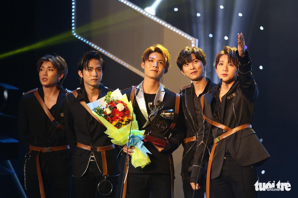 Đông Nhi, Vũ Cát Tường, Bích Phương gom giải Keeng Young Awards - Ảnh 7.
