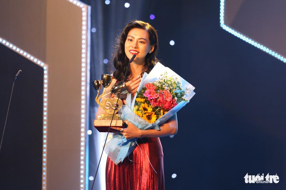 Đông Nhi, Vũ Cát Tường, Bích Phương gom giải Keeng Young Awards - Ảnh 8.