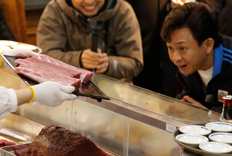 Cả thế giới choáng với 260 triệu đồng mỗi ký cá ngừ - Ảnh 2.