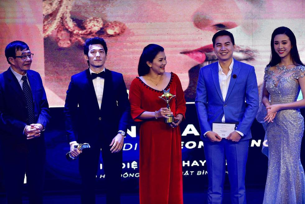 Hoàng Yến Chibi, Trường Giang, Huỳnh Lập... đoạt giải Ngôi sao xanh - Ảnh 3.