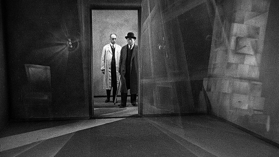 Bí mật đáng sợ đằng sau những đạo diễn đại tài bị cấm chiếu phim - Ảnh 16.