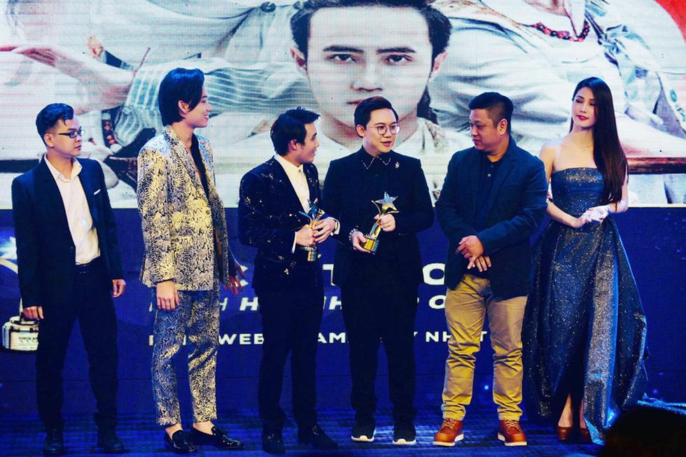 Đêm chạy sô nhận 4 giải thưởng khó quên của Huỳnh Lập - Ảnh 3.
