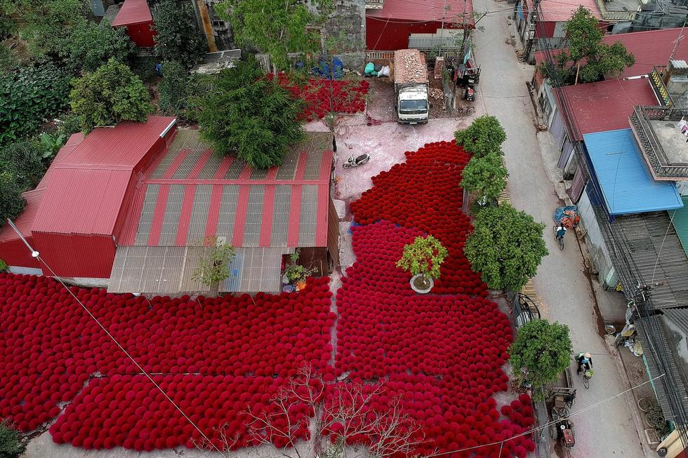 Làng nhang nhuộm màu hồng ở Việt Nam lên báo Tây - Ảnh 9.