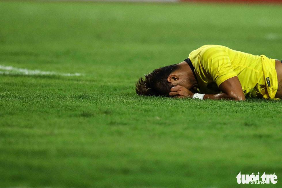 Chùm ảnh ấn tượng trận Việt Nam - Malaysia 1-0 - Ảnh 12.