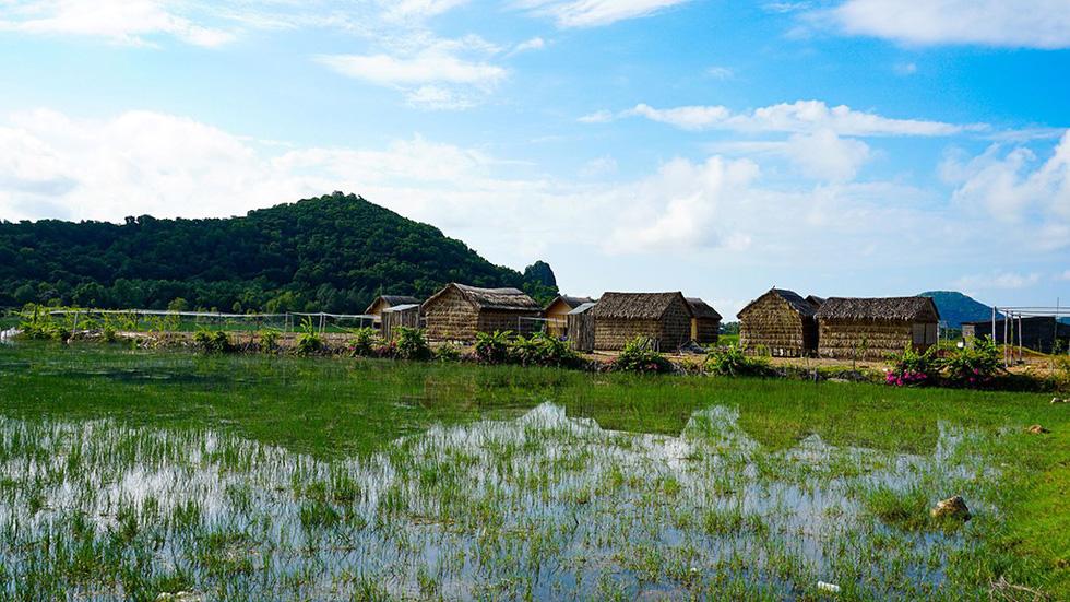 Hà Tiên, thành phố của những cánh đồng xanh - Ảnh 7.