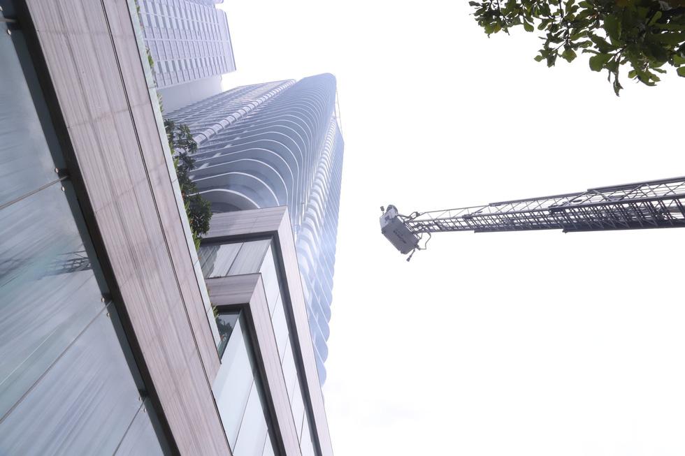 Xe chữa cháy triệu đô cùng trực thăng diễn tập cứu hộ cấp quốc gia - Ảnh 6.