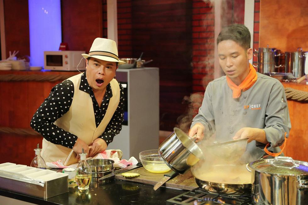 Giám khảo Top chef Jack Lee dị ứng với sầu riêng nhưng vẫn mê món Việt - Ảnh 1.