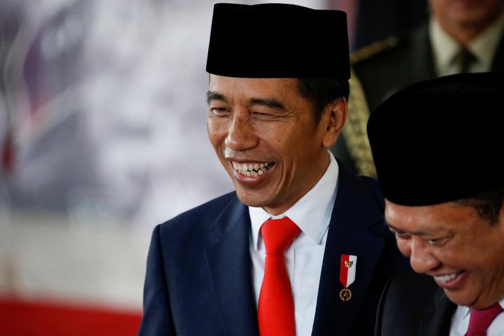 Tổng thống Joko tuyên thệ nhậm chức trong nghi lễ đơn giản - Ảnh 3.