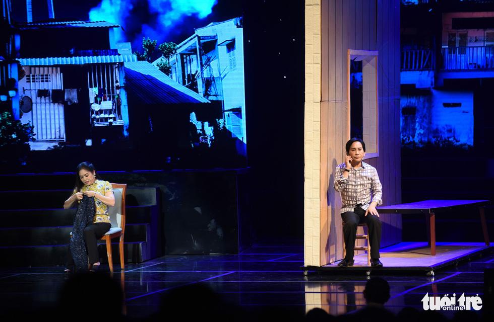 Kim Tử Long hội tụ với Ngọc Huyền, Phương Hồng Thủy... ở live show - Ảnh 4.