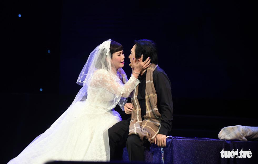 Kim Tử Long hội tụ với Ngọc Huyền, Phương Hồng Thủy... ở live show - Ảnh 7.