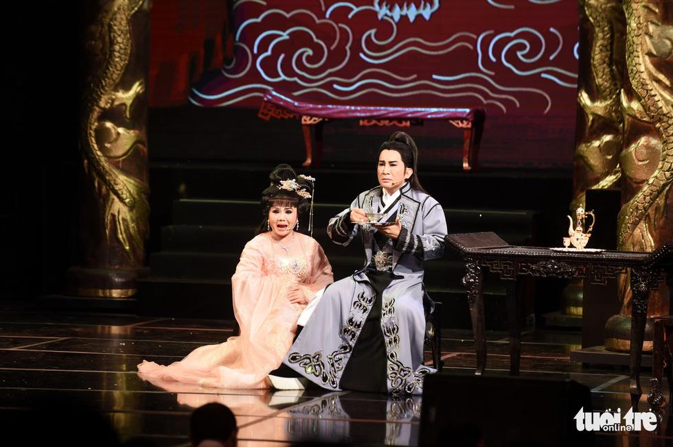 Kim Tử Long hội tụ với Ngọc Huyền, Phương Hồng Thủy... ở live show - Ảnh 11.