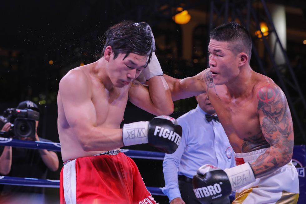 Đánh bại võ sĩ Hàn Quốc, Trương Đình Hoàng giành đai WBA Đông Á - Ảnh 5.