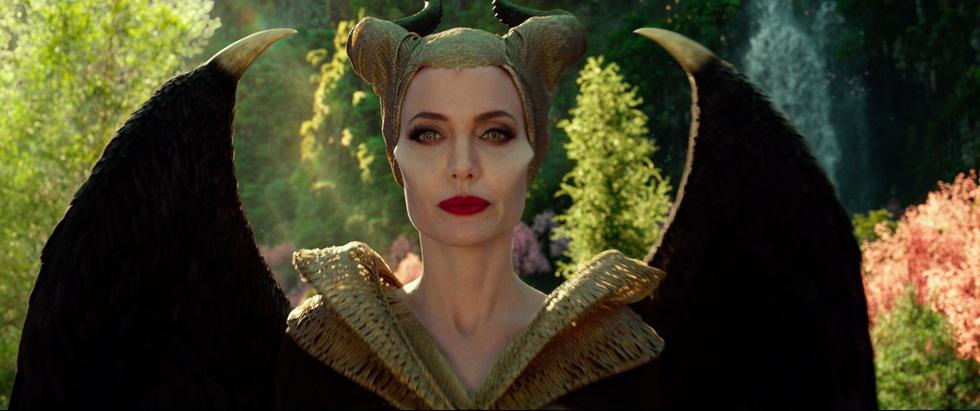 Tiên hắc ám 2: Ngoài dàn diễn viên xinh đẹp lộng lẫy là rỗng tuếch - Ảnh 8.