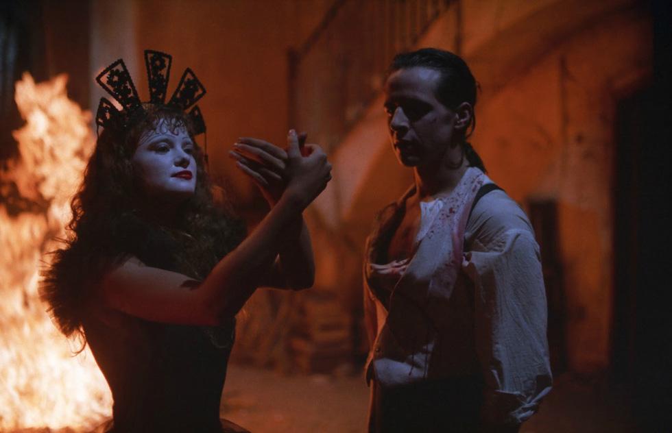 Mùa Halloween, kể tên 10 phim kinh dị gây sốc khiến kẻ la ó, người bỏ về - Ảnh 9.