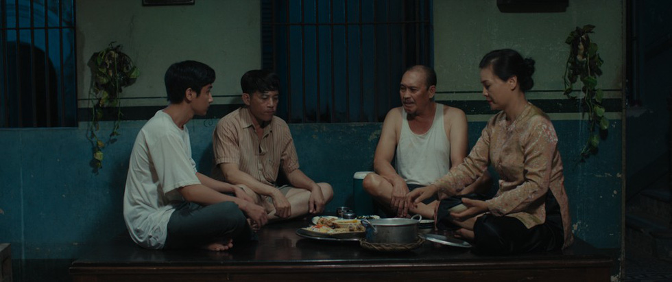 Phim kinh dị Bắc Kim Thang: Ý nghĩa nhân sinh về sự tha hóa của một gia đình - Ảnh 9.