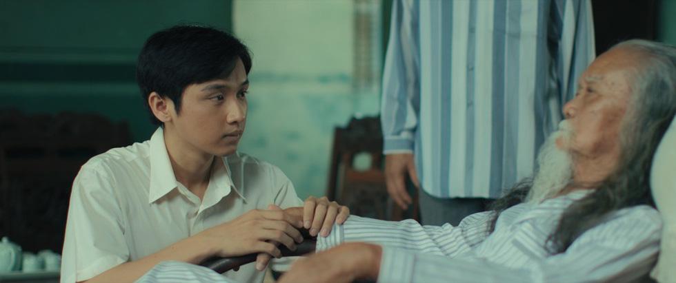 Phim kinh dị Bắc Kim Thang: Ý nghĩa nhân sinh về sự tha hóa của một gia đình - Ảnh 3.
