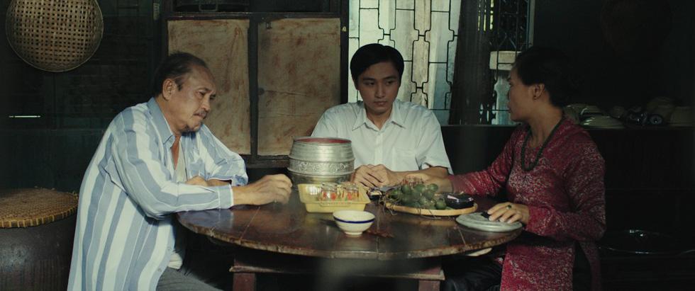 Phim kinh dị Bắc Kim Thang: Ý nghĩa nhân sinh về sự tha hóa của một gia đình - Ảnh 8.