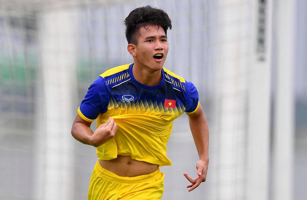 U19 Việt Nam xuất sắc đá bại U19 FK Sarajevo chiều 26-10 - Ảnh 3.