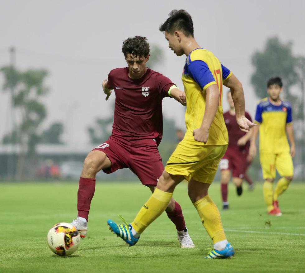 U19 Việt Nam xuất sắc đá bại U19 FK Sarajevo chiều 26-10 - Ảnh 8.