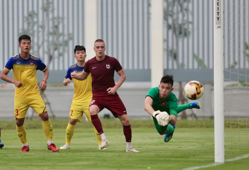 U19 Việt Nam xuất sắc đá bại U19 FK Sarajevo chiều 26-10 - Ảnh 9.